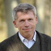 Mark Young -Sandrine begnadete Sprachlehrerin